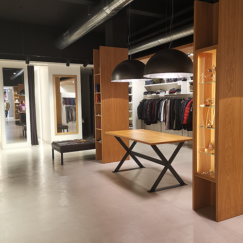 Interior tienda Asterisco